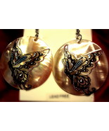 Butterfly pearl tone shell earrings - $6.40