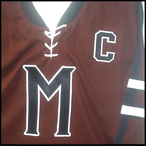 Jersey-mystery-hockey-brown-10-biebe-06