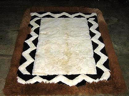 White and brown alpaca fur rug from Peru, 200 x 220 cm