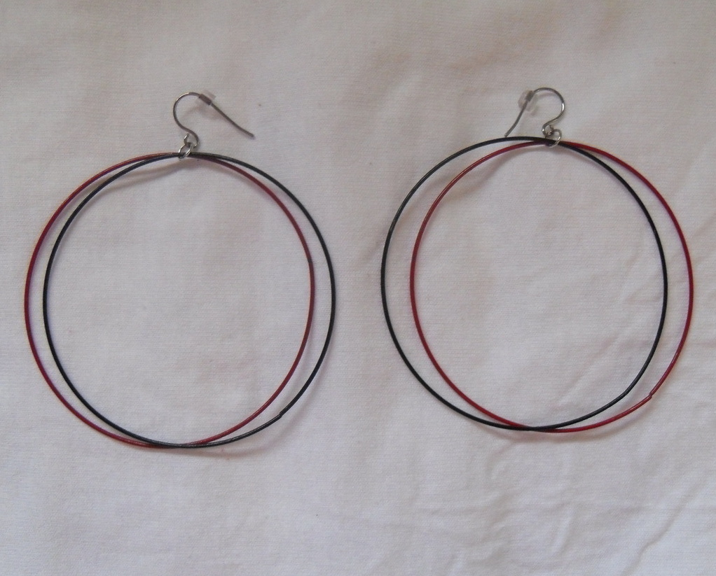 Red and Black Hypoallergenic Hoop Earrings Niobium French Earwires Sensitive New