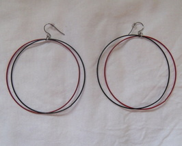 Red_black_hoop_earrings_thumb200