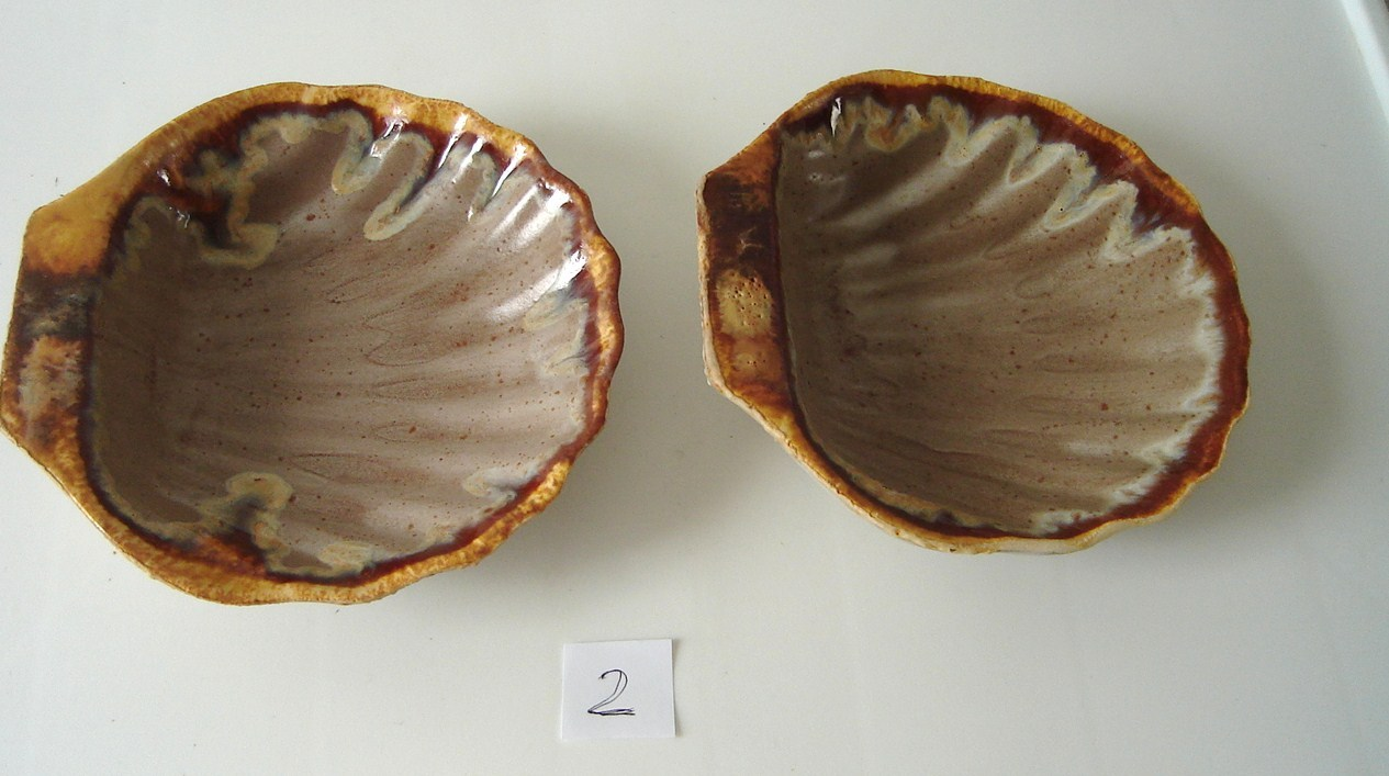 Vintage Laurentian Tundra Set of 2 Scallop shell Dish