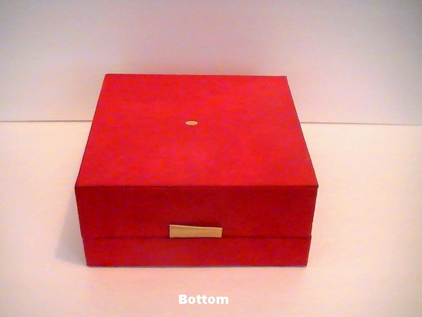 Estee_lauder_cosmetic_and_jewelry_dresser_box_red_velour_gold_014