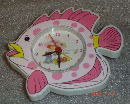 Mini Fish Clock w/ Strawberry Shortcake Photo