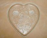 Miksa_glass_heart_platter_thumb155_crop