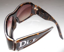 Dior5_thumb200