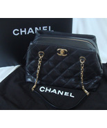 Chanel Retro Chain Quilted Shoulder Bag -  Medium - Black