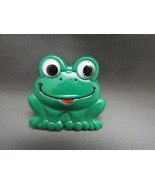 Retro Plastic Green Frog Brooch Pin Google Eyes... - $0.00