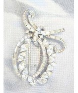 Elegant Trifari Crystal Rhinesone Fur Dress Cli... - $49.95