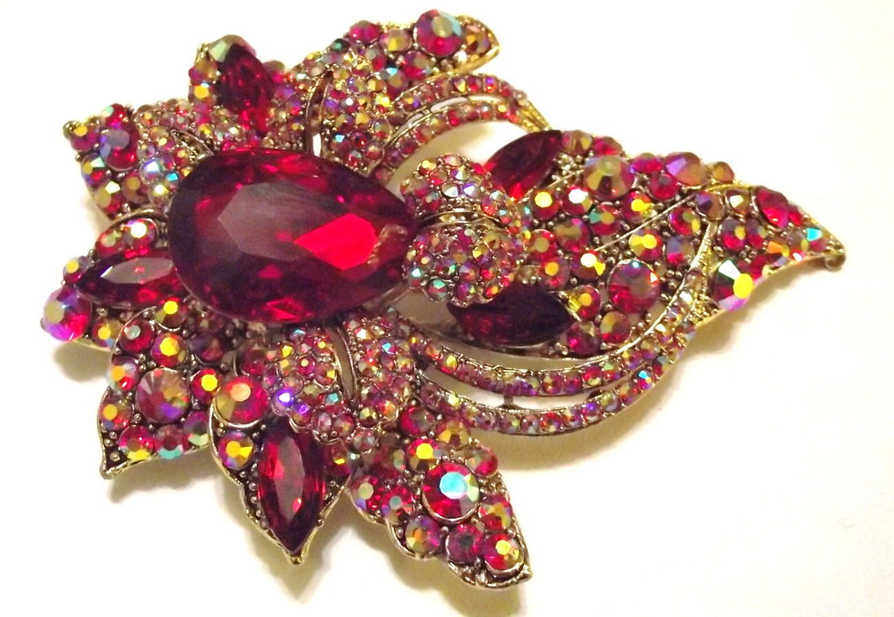 Bold Red Swarovski Crystal Event Brooch Pin & Pendant