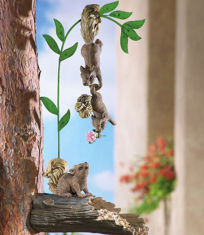 Set Of 3 Hanging Squirrels Tree Bid Feeder