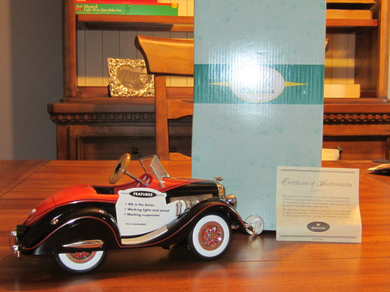 Hallmark Kiddie Car Classic Limited Luxury Edition 1935 Duesenberg 4th  QHG7116