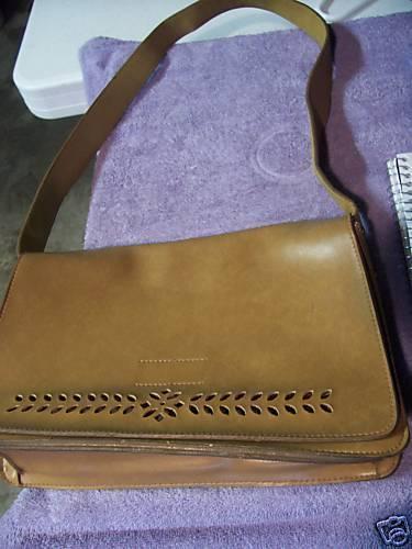 Mondani handbags online in London