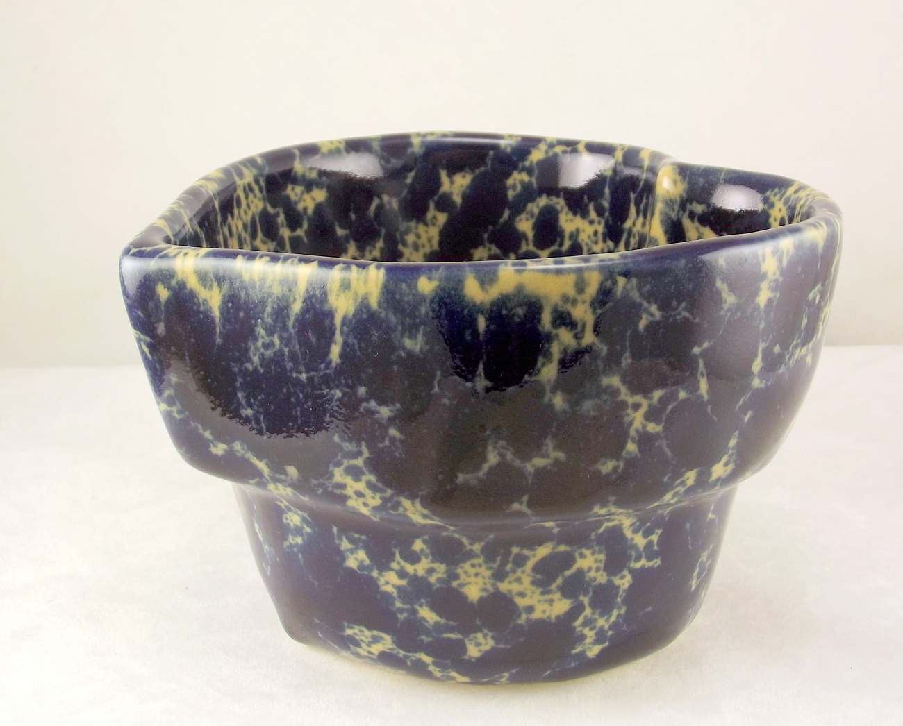 Bennington_pottery_blue_agate_heart_bowl_5