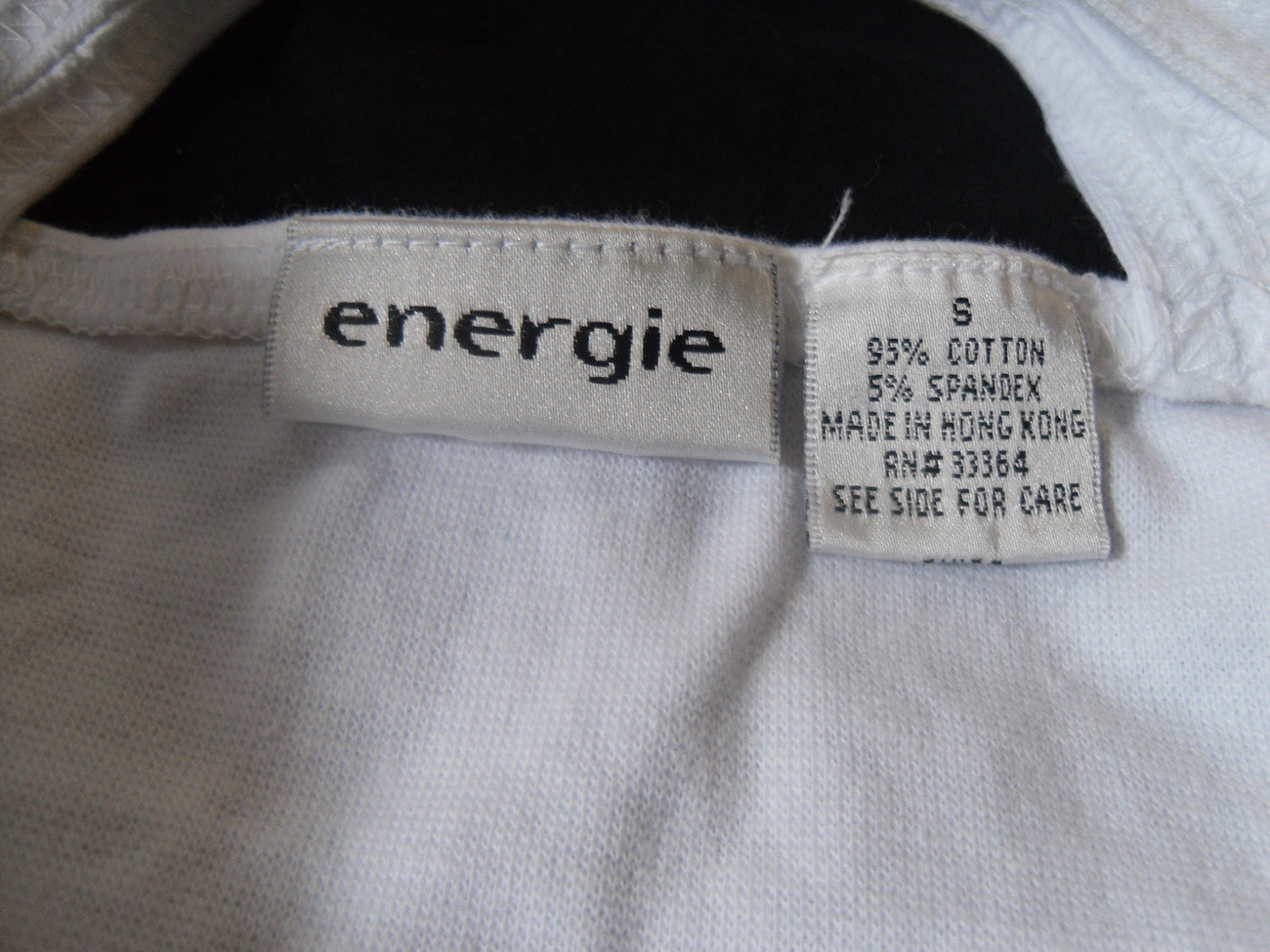 White_crossover_top_labels