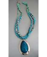 Gorgeous Turquoise Colored Necklace - $15.00