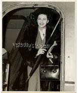 Yvonne DeCarlo Orginal American Airlines Candid... - $14.99