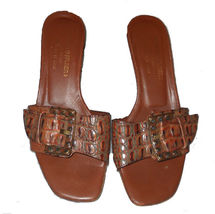Donald-pliner-brown-leather-kitten-heel-sandals_thumb200