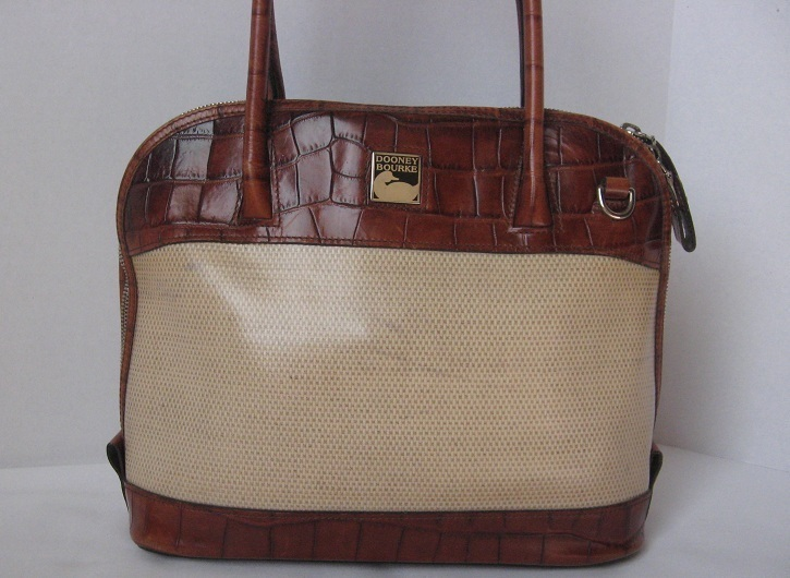 Dooney_and_bourke_all_leather_handbag_purse_satchel_tote