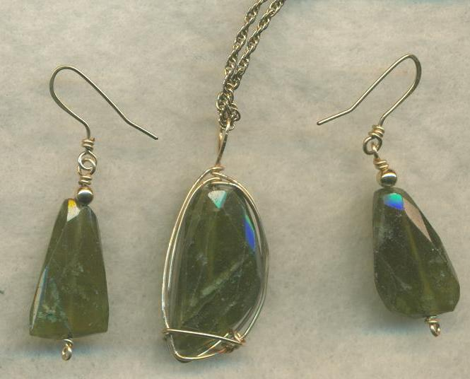 Vesuvianite Gold Wire Wrap Pendant Earrings Set