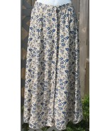 M Woolrich Cream and Blue Floral Skirt - $5.00