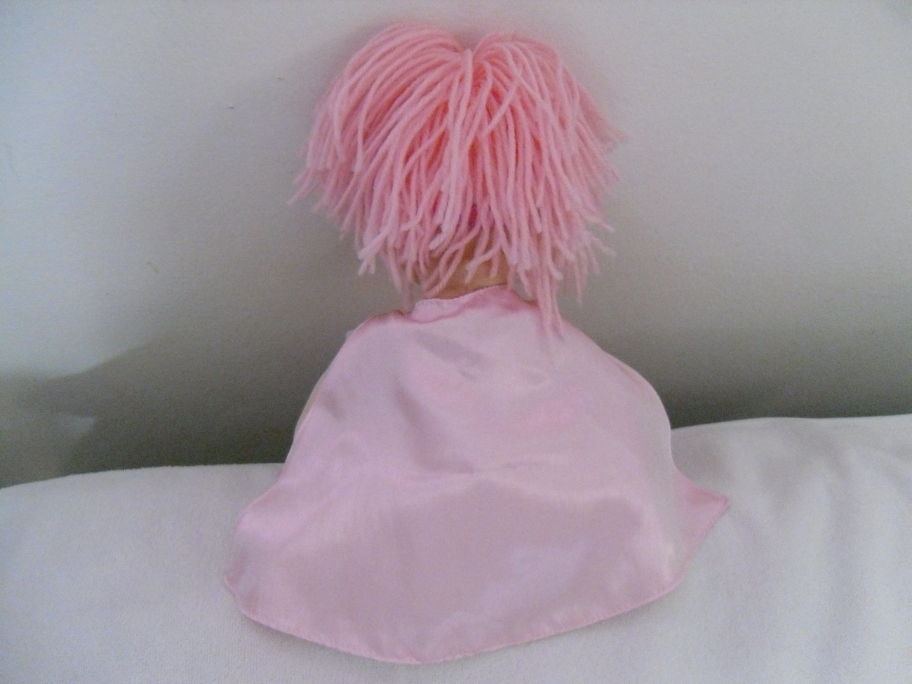 Pink_supergirl_doll_back
