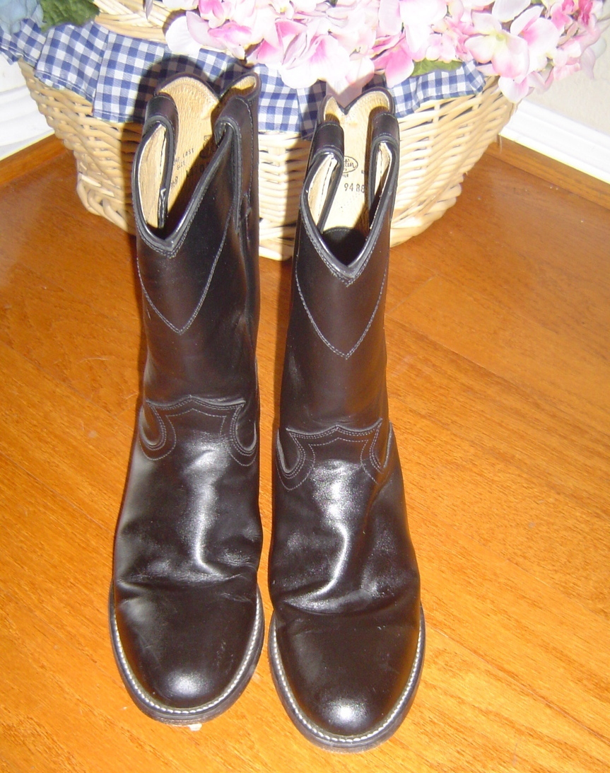 Western boots, Cowgirl Ropers size 7 1/2, Black Leather, Justin's brand