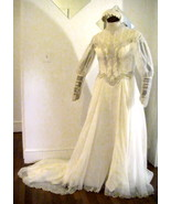 Wedding_gown_lace_vintage_size_12_with_lace_cap_head_piece_002_thumbtall