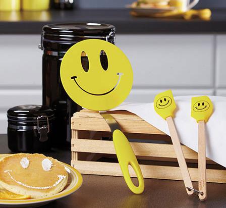 Image 0 of 3-Pc. Smiley Spatula Set