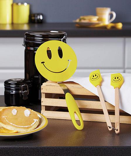 Image 1 of 3-Pc. Smiley Spatula Set