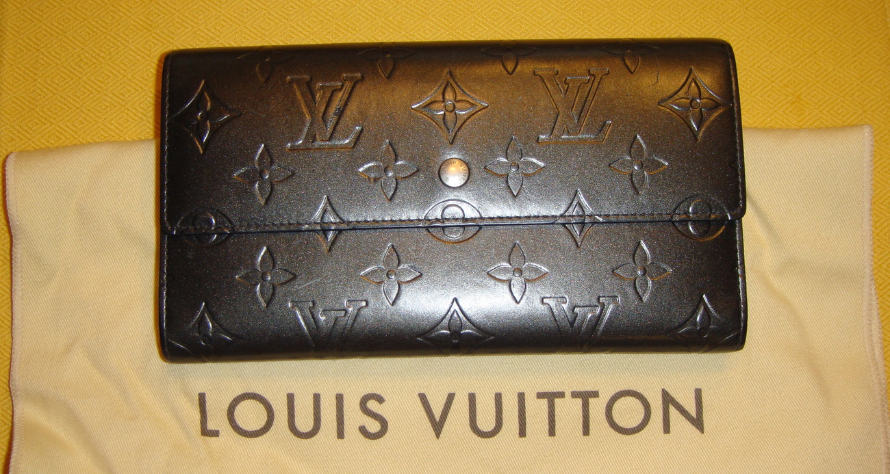 Louis Vuitton Monogram Mat PTI Wallet tPF
