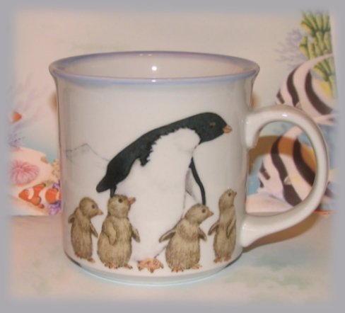 Cup-ocean-blue-penguins-lft-side