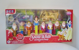 Snow_white_pez_001_thumb200