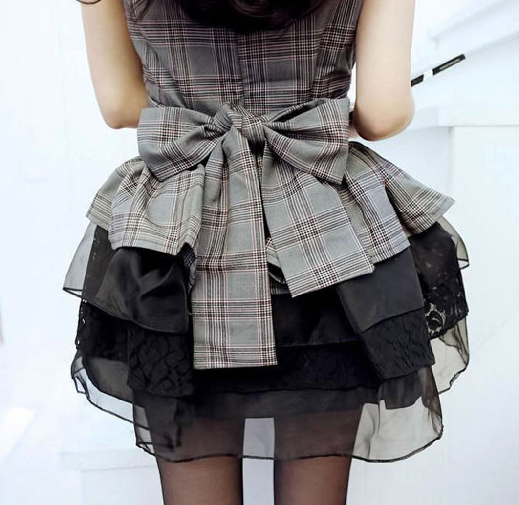 2012_spring_summer_checks_top_black_skirt_set_back_view