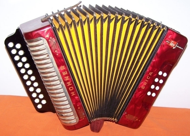 Accordion Hohner Erica Diatonic 2 Row  C/F  Accordian