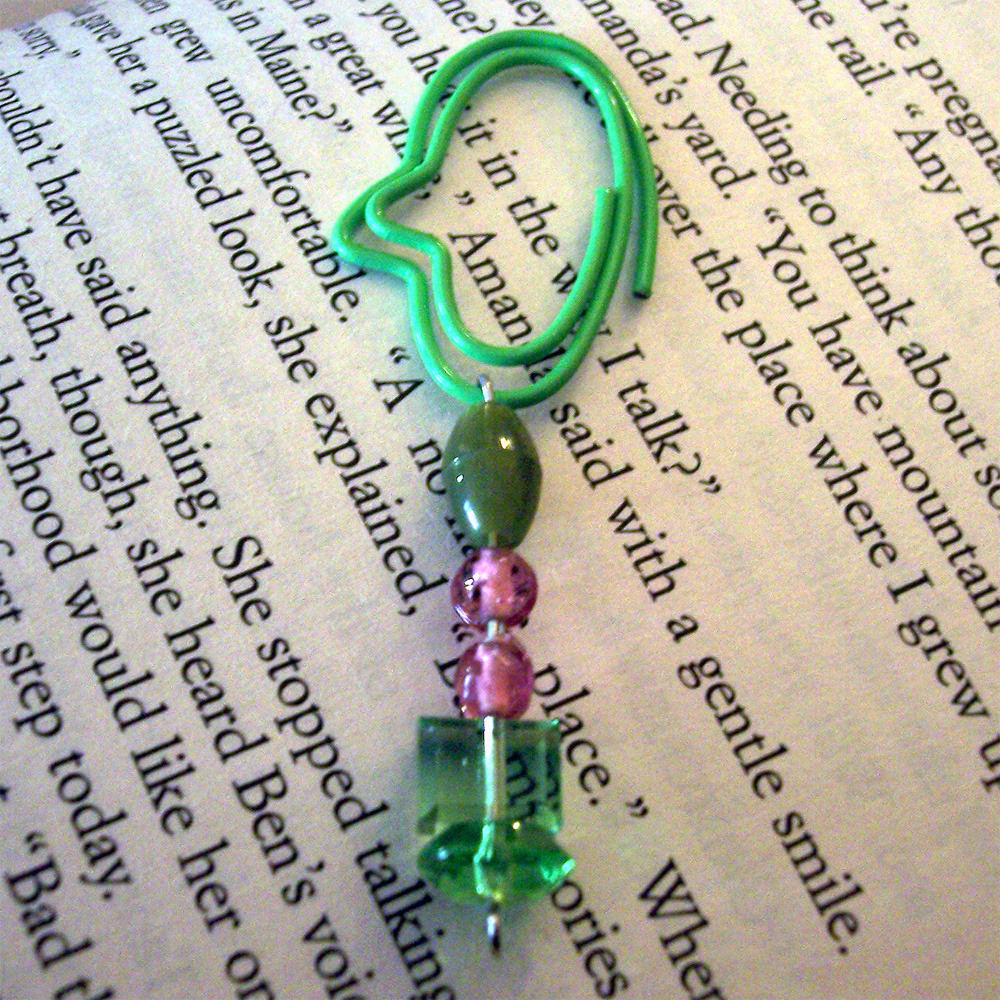 Beaded Page Clip Bookmark - Green Oval #5