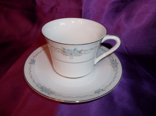 8 Style House Fine China Corsage Cups and Saucers Made In Japan
