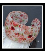 Dainty Flower Pinks Reds Open Bangle Lucite Bra... - $12.00