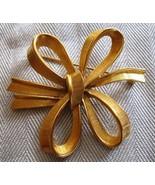 Vintage Monet Brooch Gold Tone Ribbon Bow Pin - $9.79