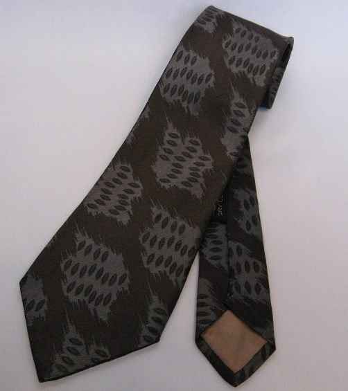 Designer_mens_silk_tie_necktie_giorgio_armani_gray_blue_brown