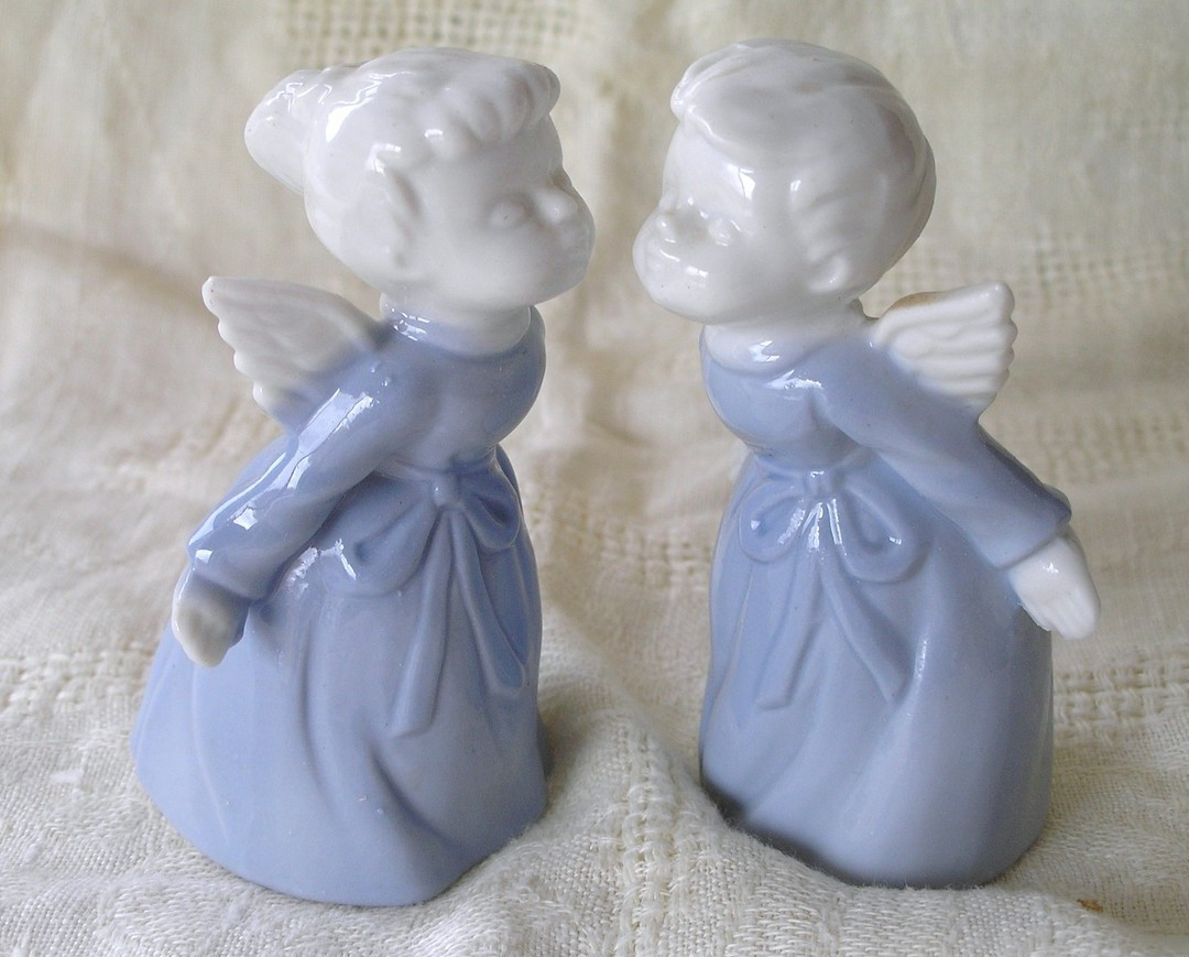 Vintage Porcelain Kissing Angels