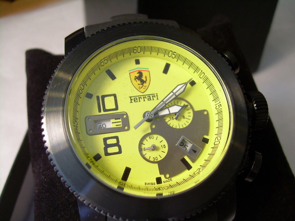 Ferrari Men's Watch New SAPPHIRE CRYSTAL Yellow Dial *FREE SHIP OFFER*