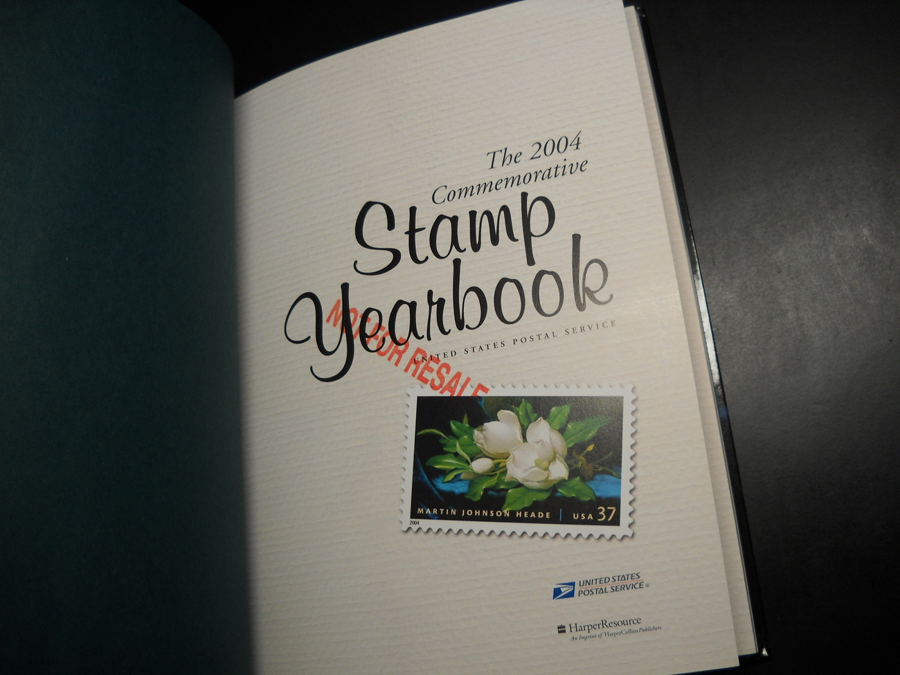 Book_collins_2004_commemorative_stamp_yearbook_united_states_postal_service_usps_hc_03