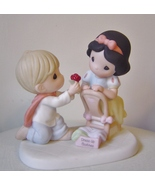 "Precious Moments ""With A Smile And A Song"" Figurine Disney Snow White"