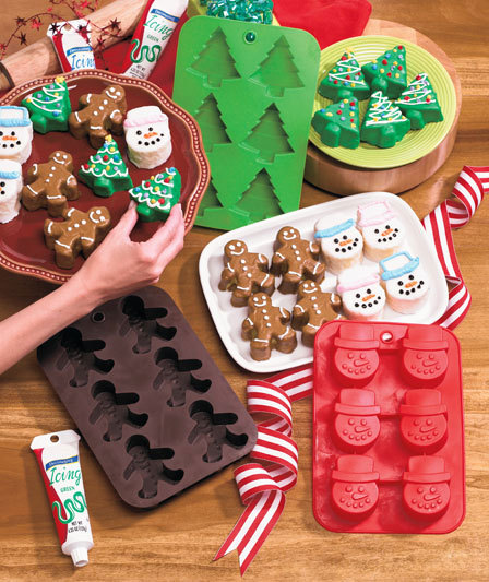 Set Of 3 Silicone Christmas Bakers