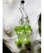 NEW Green Crystal Rondelle Dangle Glass Pearl E... - $3.00