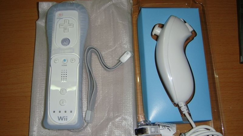 Generic Wii Remote and Nunchuck Bundle Bluetooth Wireless Controllers