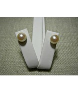 14k Solid Yellow Gold Pearl Stud Earrings 8mm P... - $21.99