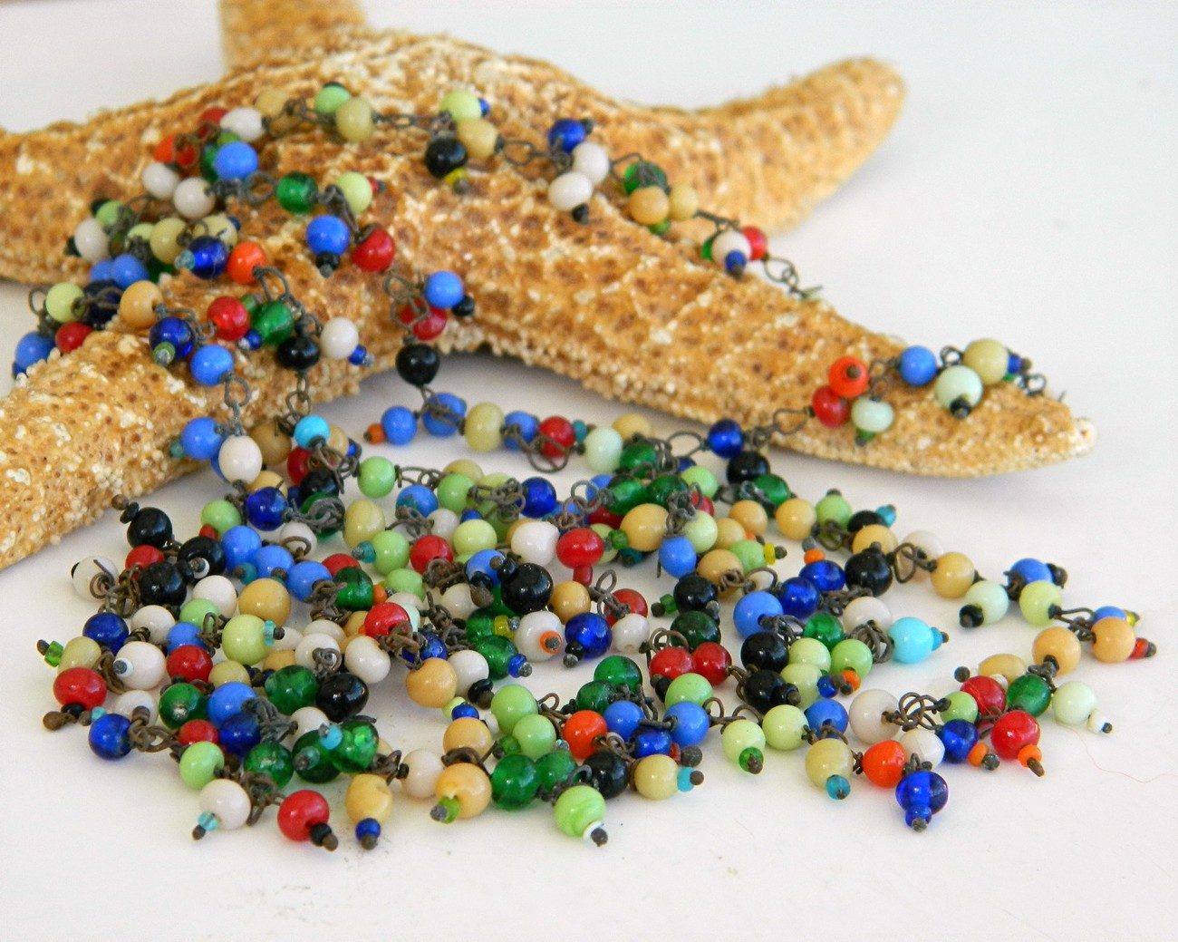 Vintage_glass_beads_wired_multicolor_necklace_czech_tiny