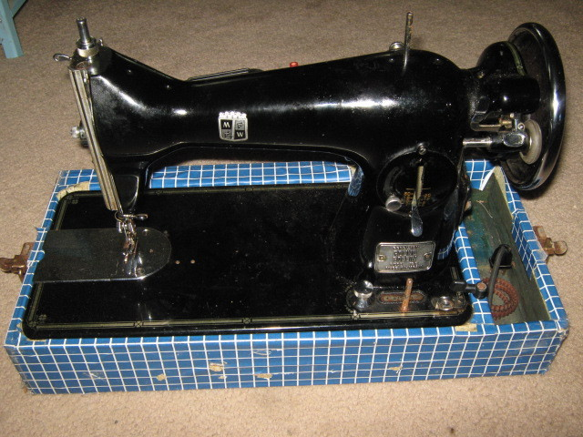 REX LEATHER SEWING MACHINE/NEEDLES NEEDE - International Leather